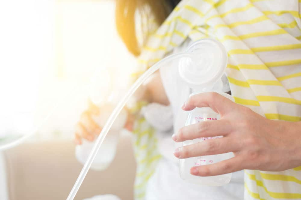 Best Manual Breast Pump of 2018 Complete Reviews with Comparison